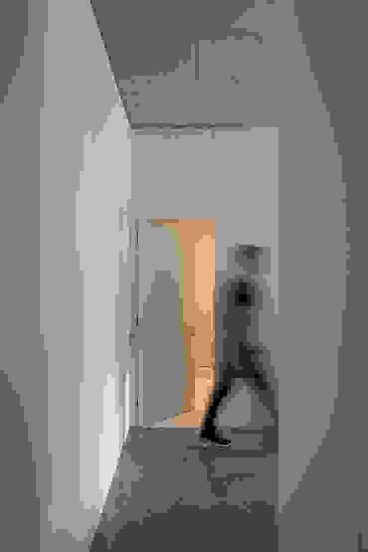 Photoshoot.pt - Architectural Photography Modern corridor, hallway & stairs
