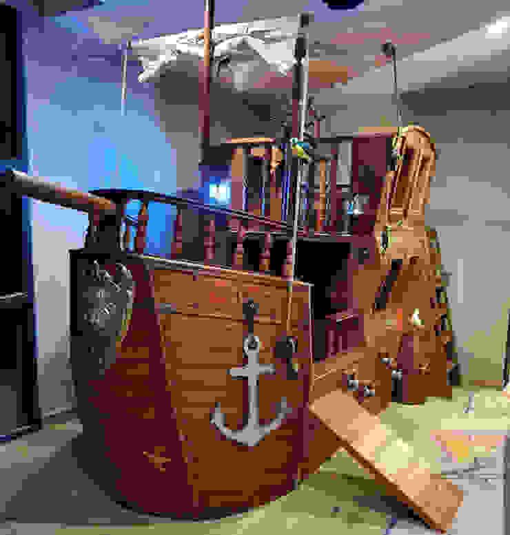 Fabuloso barco con tapanco de juegos de Kids Wolrd- Recamaras Literas y Muebles para niños Clásico Derivados de madera Transparente
