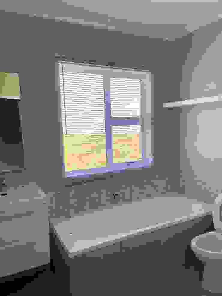 Before CS DESIGN Modern Bathroom