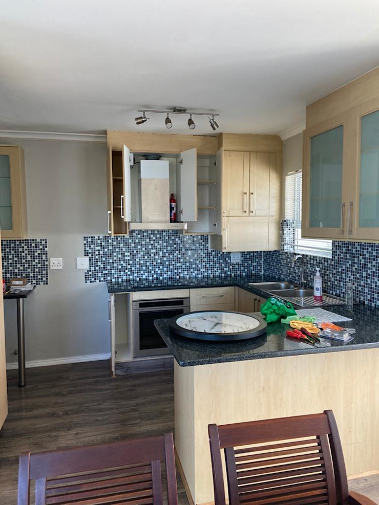 Before CS DESIGN Modern Kitchen