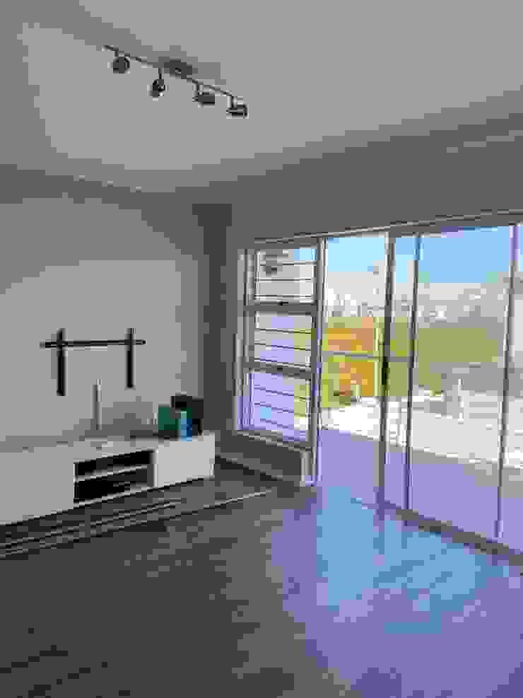 Before CS DESIGN Modern Living Room