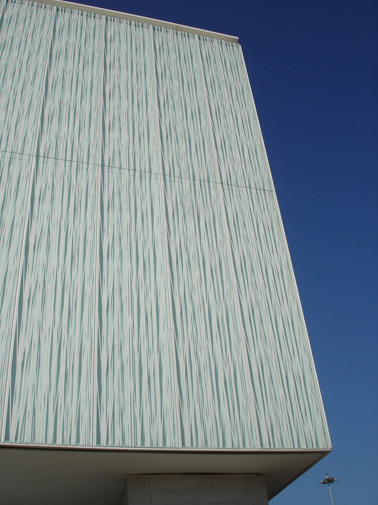Pentagonal Modern walls & floors