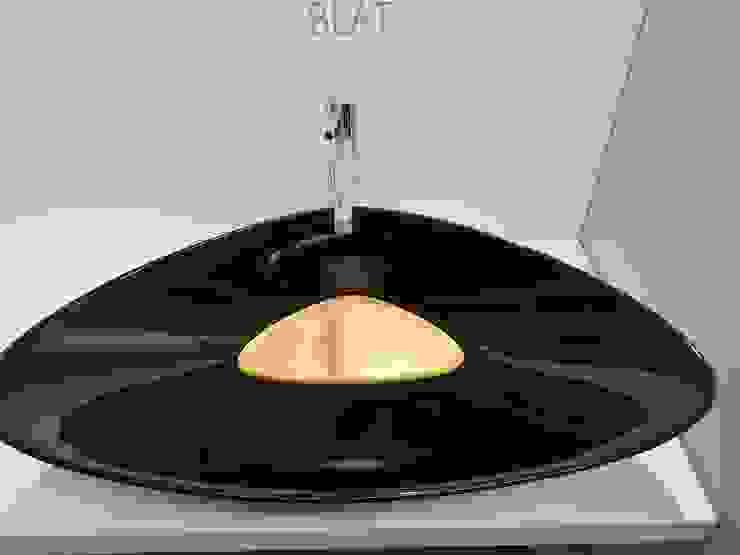 BLAT bicolore ; nero e arancia eto' Bagno moderno Ceramica Nero