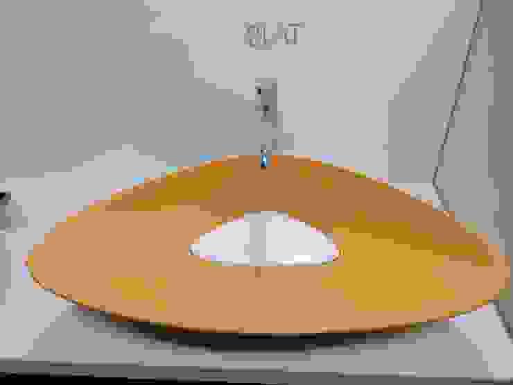 BLAT bicolore ; arancia e bianco eto' Bagno moderno Ceramica Arancio