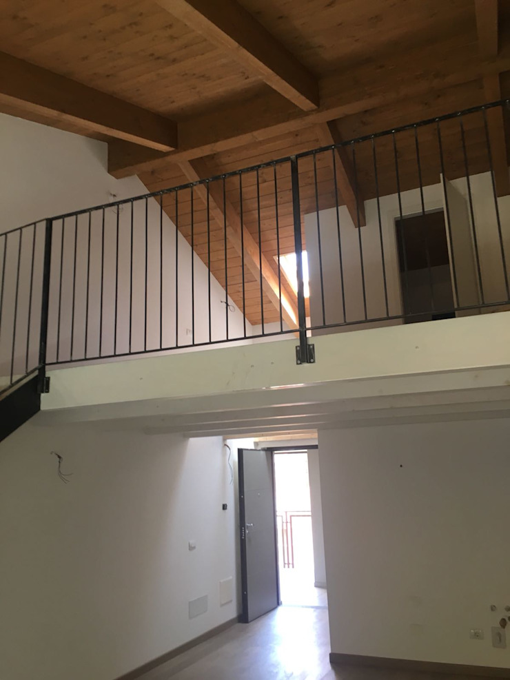 Ristrutturazione Milano – Appartamento NNBuilding Soggiorno in stile rustico