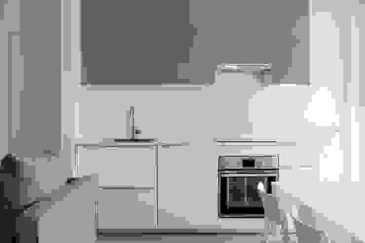 Cozinhas modernas por Bongio Valentina Moderno