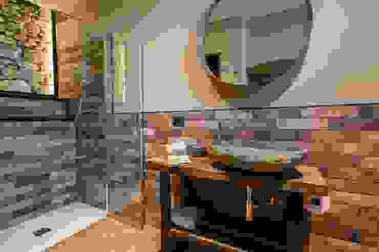 Progettazione e restyling dei bagni - 01 Ciesse Srl Bagno minimalista