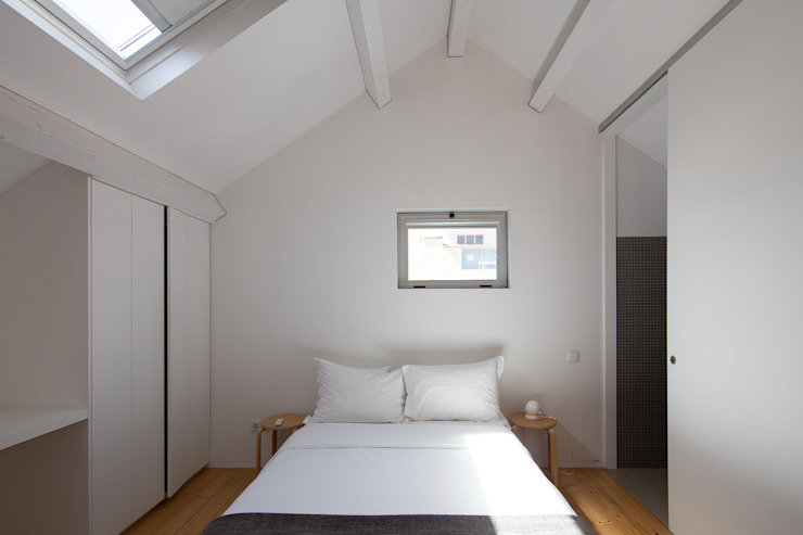 Photoshoot.pt - Architectural Photography Industrial style bedroom