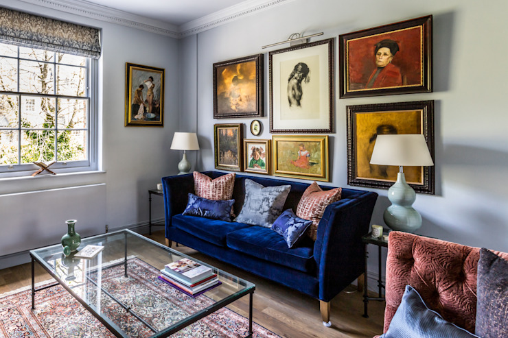 Living Room in Holland Park Apartment Decorbuddi Classic style living room Blue