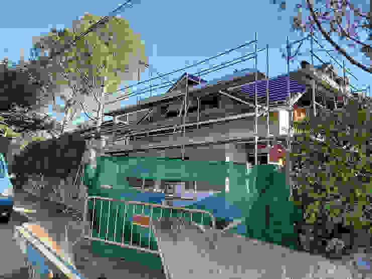 GF CONSTRUCCIÓN SOSTENIBLE S.L.U 一戸建て住宅 多色