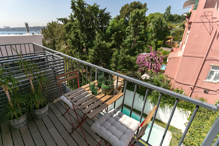 Staging Factory Balcony
