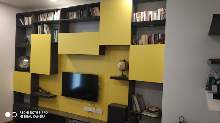 Media Room JoyHomes LLP 家庭劇院 MDF Yellow