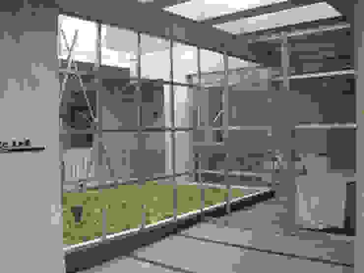 東京デザインパーティー|照明デザイン 特注照明器具 Modern corridor, hallway & stairs
