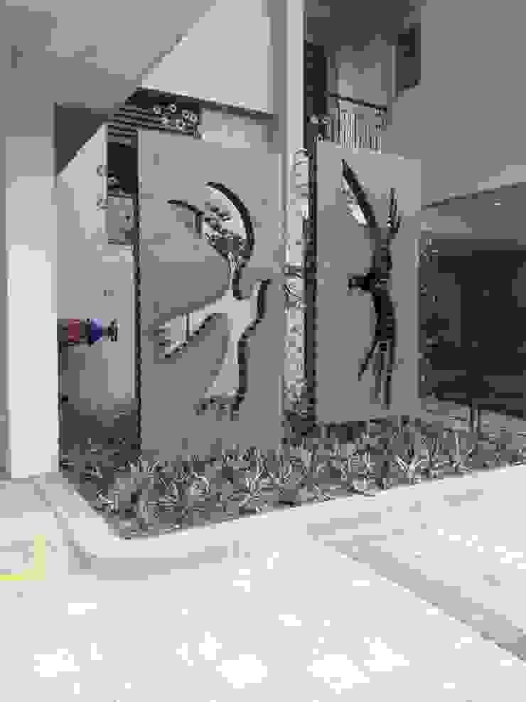 love mrittika, the sculpture 商業空間 鐵/鋼 Grey