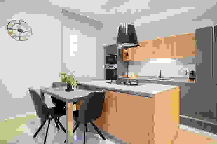 Cucina di Facile Ristrutturare Moderno