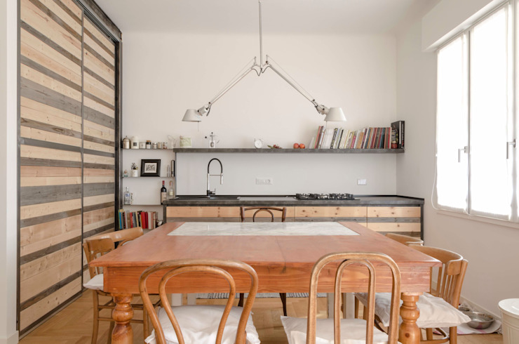 La sala da pranzo Sala da pranzo in stile scandinavo di Angela Baghino Scandinavo