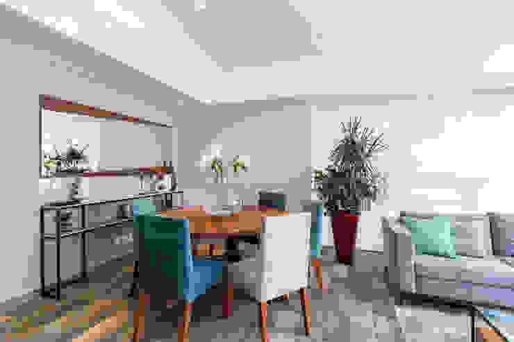 Soma & Croma Modern dining room Engineered Wood Turquoise