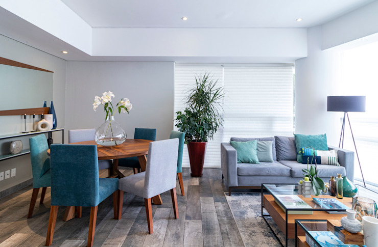 Comedor y sala Salones modernos de Soma & Croma Moderno Derivados de madera Transparente