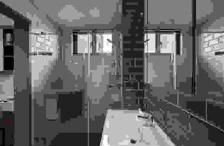 耀昀創意設計有限公司/Alfonso Ideas Scandinavian style bathroom