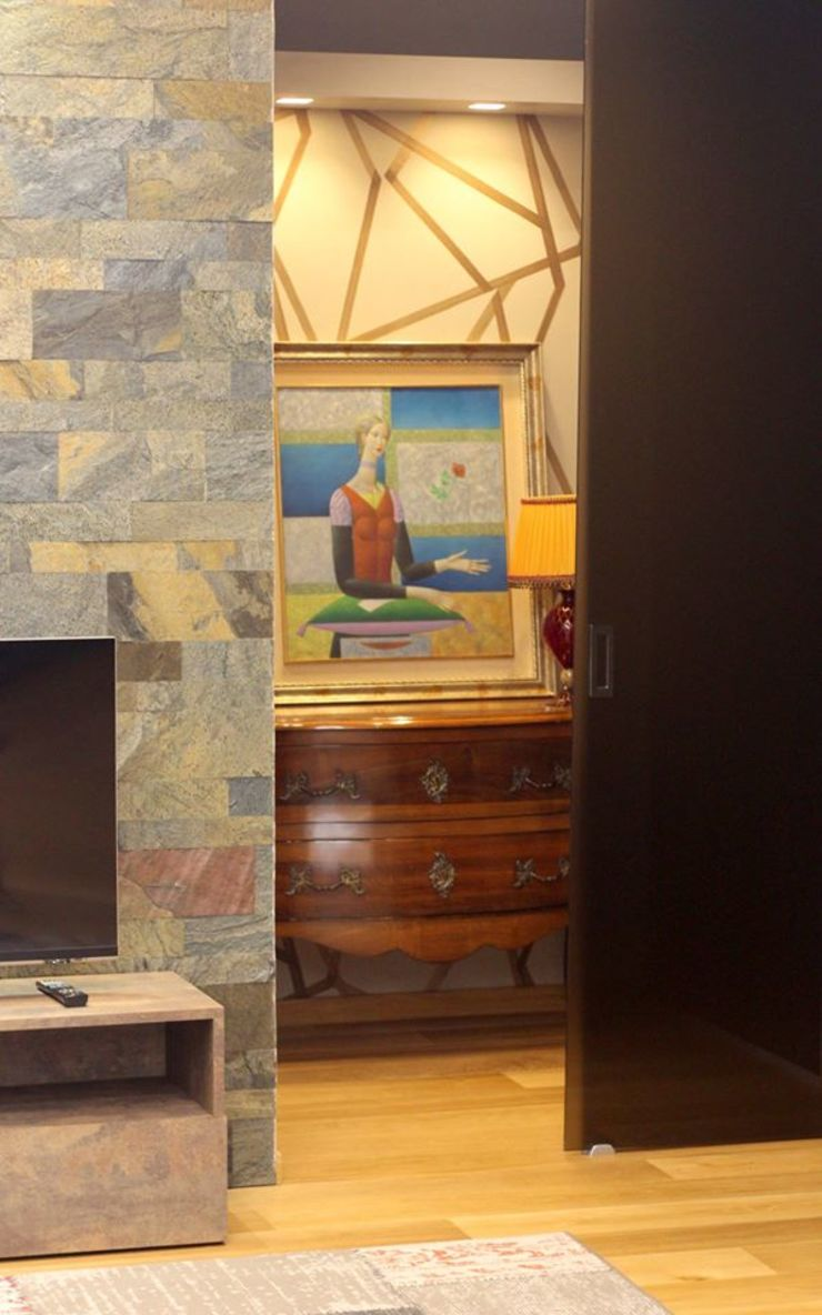 Studio Ferlenda Modern Corridor, Hallway and Staircase Wood Brown