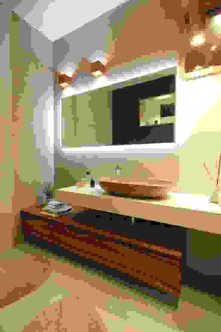 Studio Ferlenda Modern Bathroom Tiles Brown