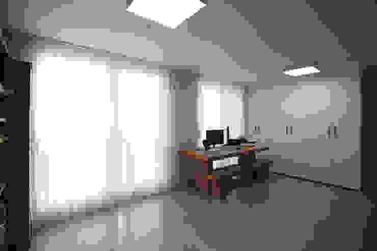 에이프릴디아 Sala multimediale moderna