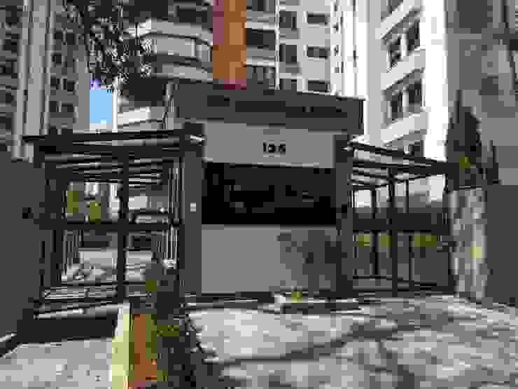 Guarita- DEPOIS Edifícios comerciais modernos por Lucia Helena Bellini arquitetura e interiores Moderno