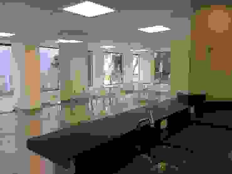 Espaço Gourmet -DEPOIS Lucia Helena Bellini arquitetura e interiores Espaços comerciais modernos