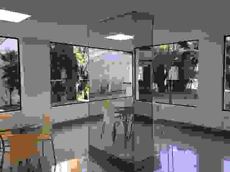 Espaço Gourmet -DEPOIS Lucia Helena Bellini arquitetura e interiores Edifícios comerciais modernos