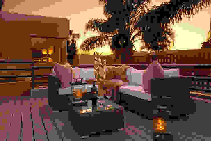 Balcony Suite/ Roof Terrace: modern  by CKW Lifestyle Associates PTY Ltd, Modern Rattan/Wicker Turquoise