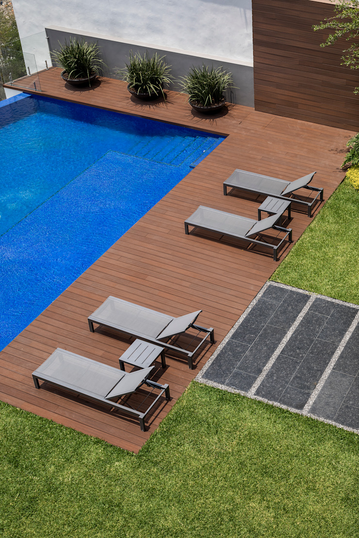 GLR Arquitectos Modern Garden