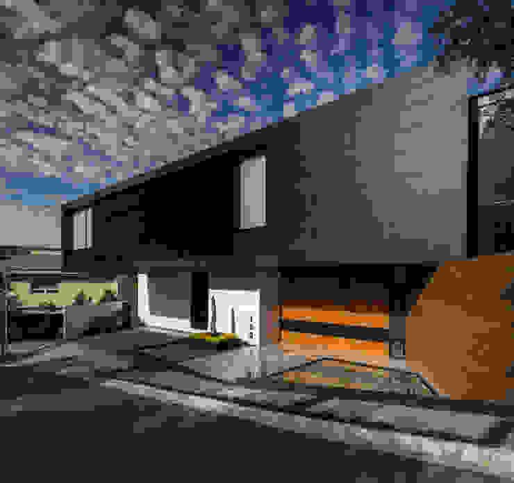 GLR Arquitectos Single family home Black