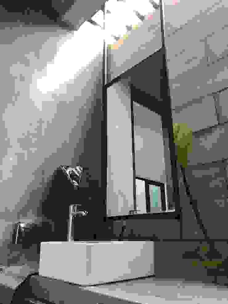 Powder room in rustic feel N O T Architecture Sdn Bhd Rustic style bathrooms