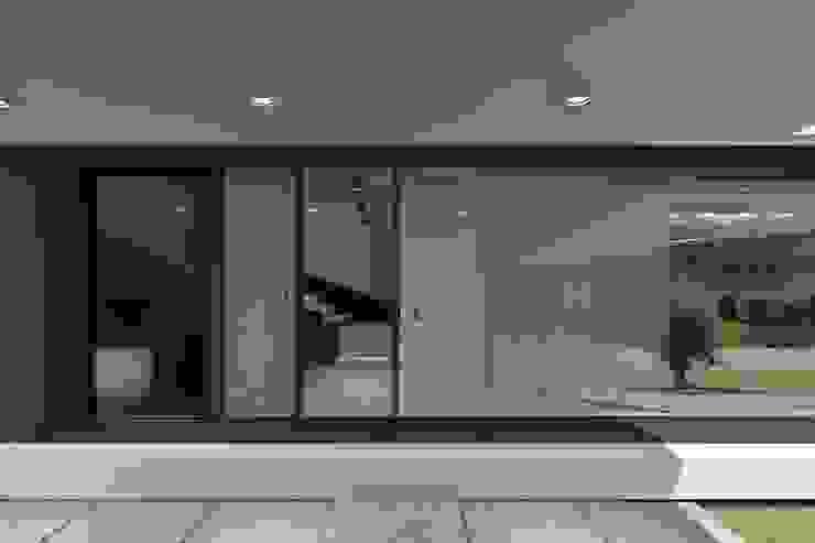 Projeto Rubi - Entrada Principal por Magnific Home Lda Moderno