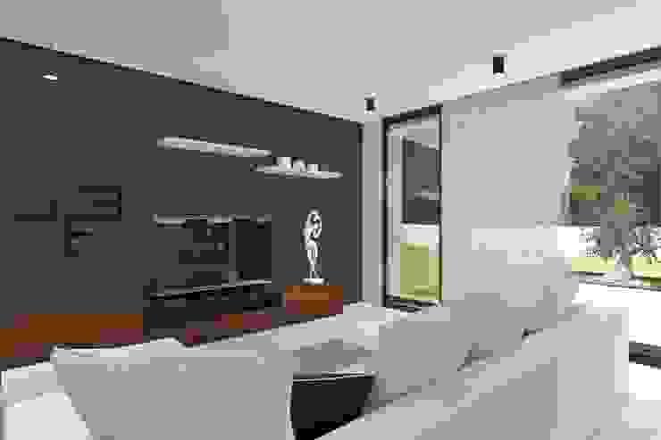 Projeto Rubi - Sala de estar Salas de estar modernas por Magnific Home Lda Moderno