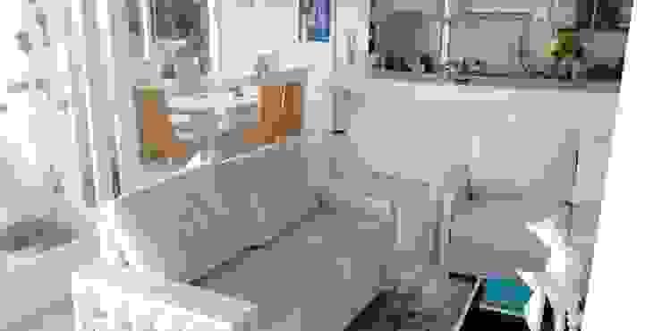 SOFAS ESCUADRA MOBILIARIO Y ARQUITECTURA Salones de estilo asiático Madera Blanco