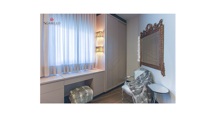 Sgabello Interiores BedroomSofas & chaise longue