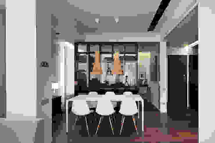 MANUEL GARCÍA ASOCIADOS Modern Dining Room Brown