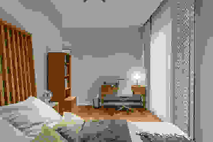 Villa Karaoğlanoğlu Modern Yatak Odası yücel partners Modern