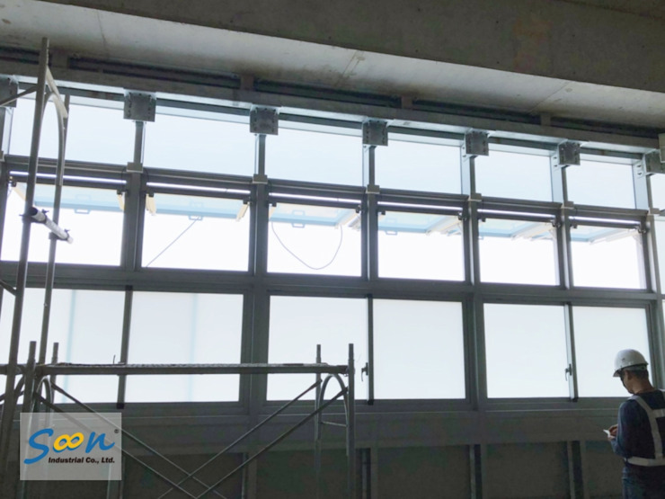 SHEV System In New MRT Station - photo 4 Soon Industrial Co., Ltd. Industrial windows & doors Aluminium/Zinc Metallic/Silver