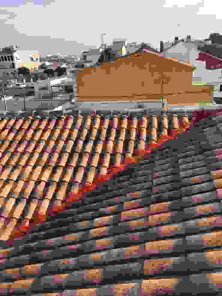 impermeabilización limatesa tejado, tejas curvas, tipo árabe de casa unifamiliar EUROPA 9