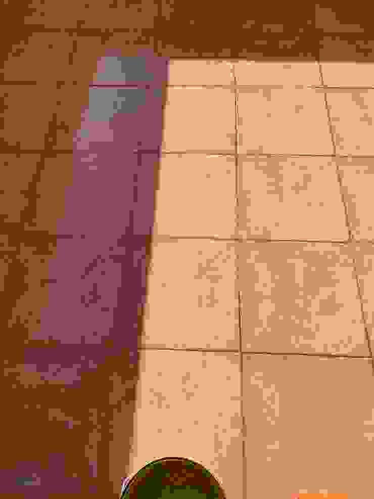 Sellado de pavimento con filtraciones mediante aplicación de membrana de Poliuretano transparente EUROPA 9