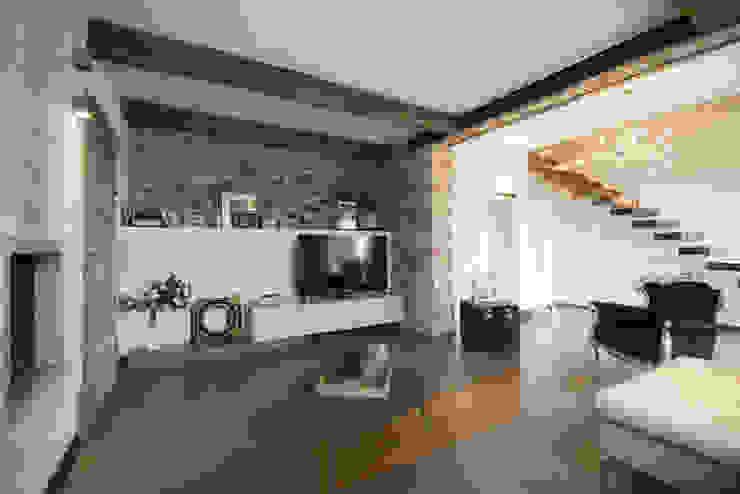MICHELE VOLPI STUDIO INTERIOR DESIGN Industrial style living room