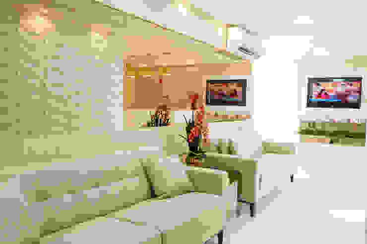 Feng Shui Suly Barreto Klinik Modern MDF Amber/Gold