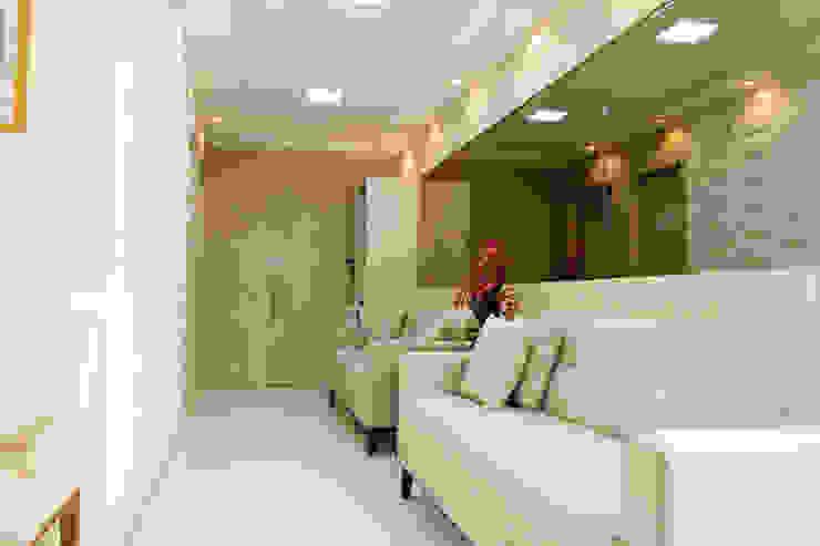 Feng Shui Suly Barreto Klinik Modern Perunggu Amber/Gold