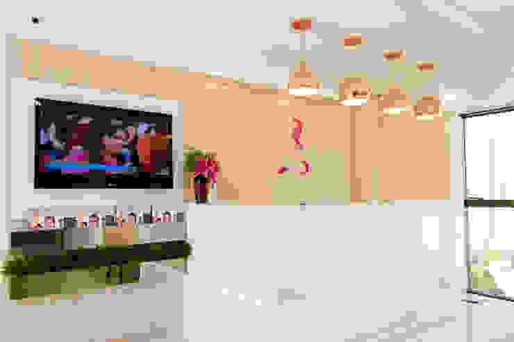 Feng Shui Suly Barreto Klinik Modern Marmer White