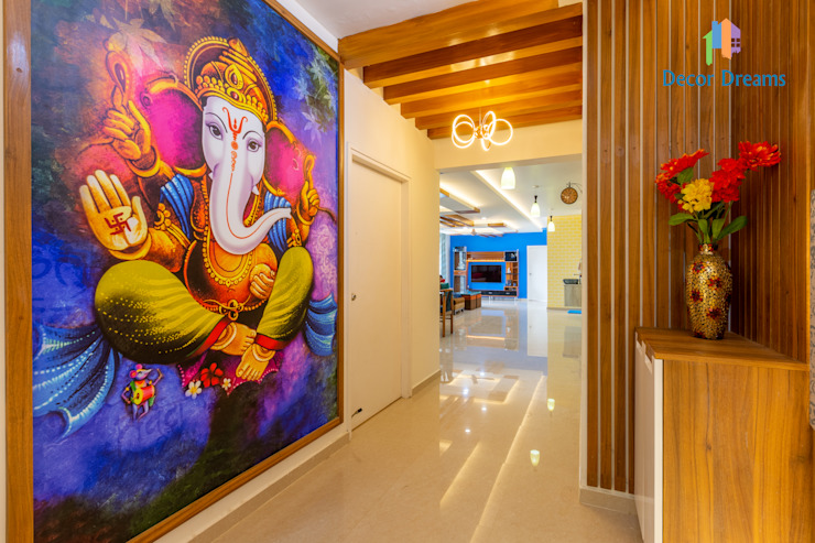 4 BHK Interior at Krishwi Dhavala - Ms Suwarcha DECOR DREAMS Modern corridor, hallway & stairs