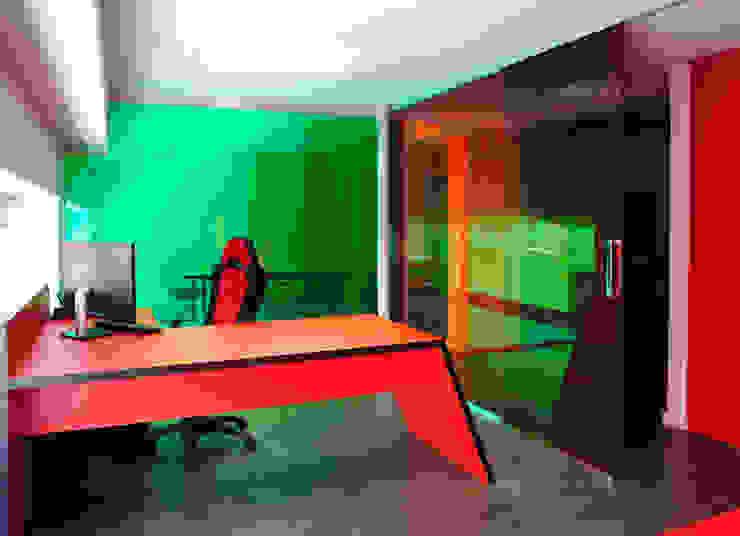 MANUEL TORRES DESIGN Офисные помещения и магазины Красный