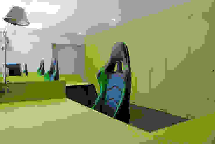 MANUEL TORRES DESIGN ห้องทำงานและสำนักงาน Green