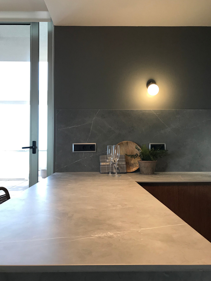 A interiorismo by Maria Andes Dapur built in